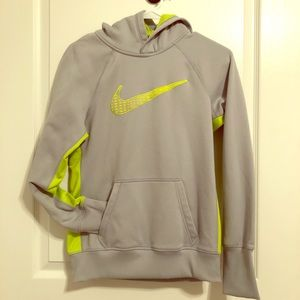 Other - Nike Boys' Pullover Sweatshirt Small